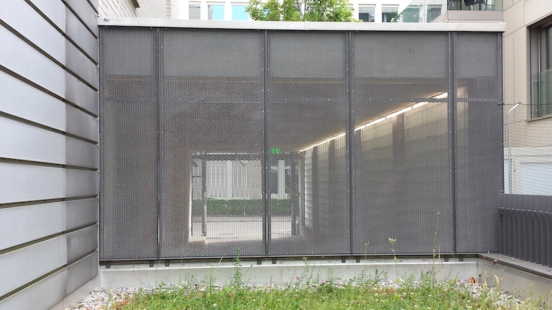 Gitterabschluss aus Metall, AXA Winterthur_FMT Metall Technik AG