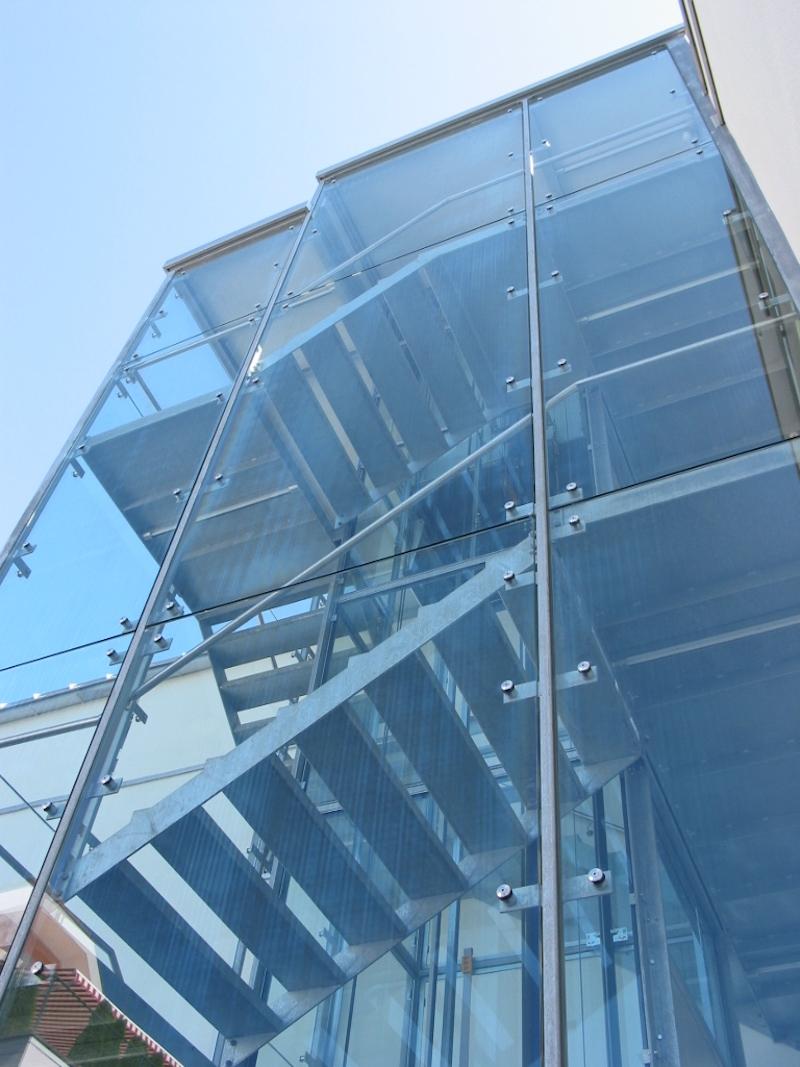Verglasung, Fa. Buchi, Wil, Liftturm