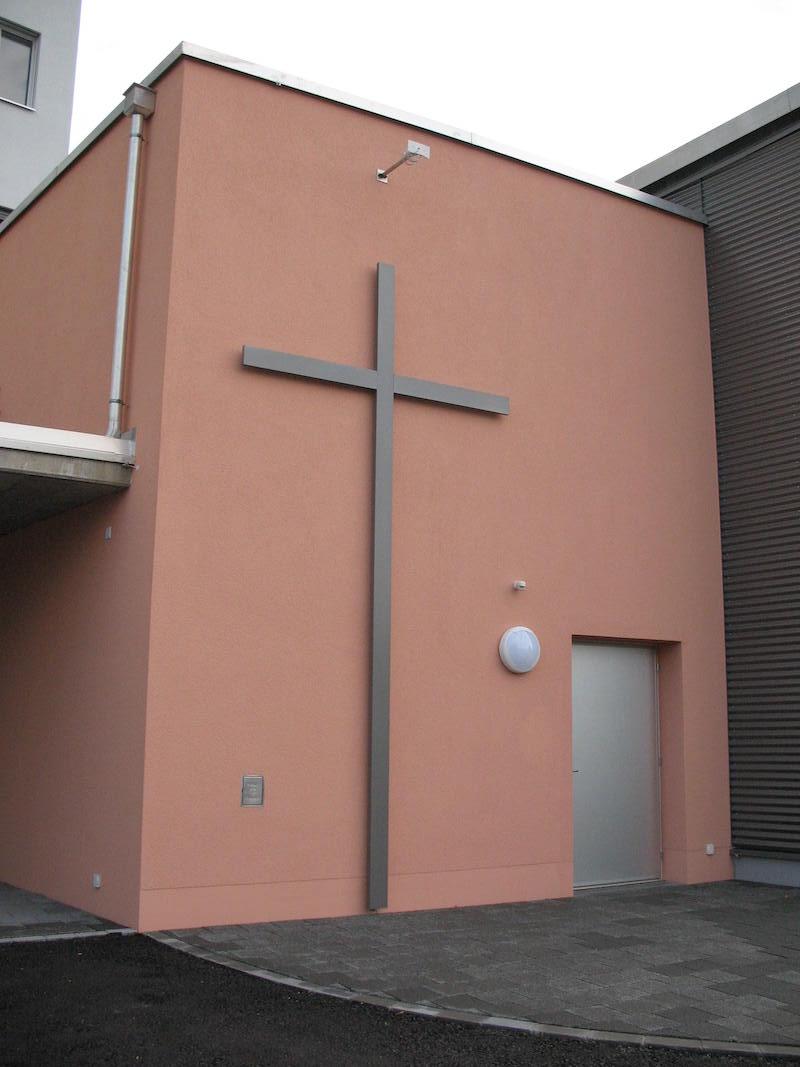 Spezialanfertigung Kreuz, Zentrum Gruze