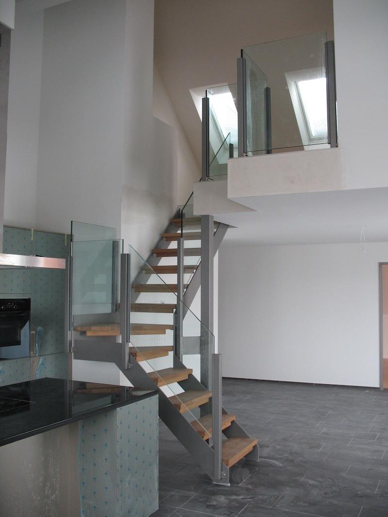 Glasgeländer Treppe Lohningen_FMT Metall Technik AG